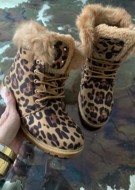 amalia boots leo